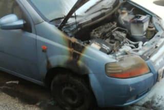 """Bagnoli, attacco incendiario contro l'auto di un vigile urbano: """"Grave atto intimidatorio"""""""
