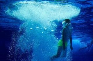 Paura in una piscina di Villa Literno: bambino di cinque anni rischia di annegare, è grave