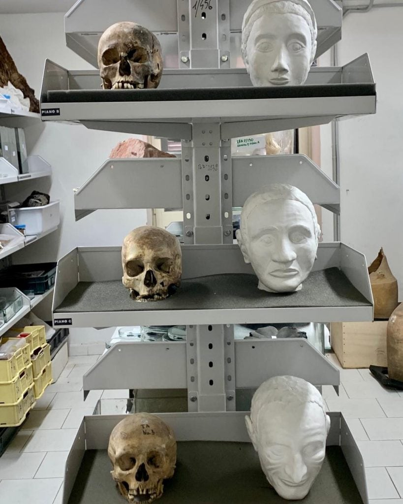 Alcuni dei volti ricostruiti nel laboratorio di ricerche applicate. [Foto @Massimo Osanna]