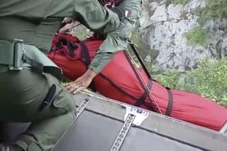 Sacerdote cade in un dirupo profondo 9 metri. È il prete della chiesa della Madonna di Pozzano