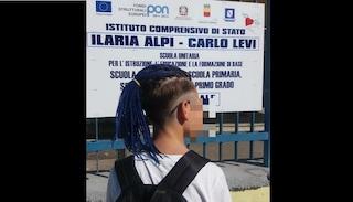 Scampia, la denuncia: preside impedisce a ragazzino l'ingresso a scuola a causa delle treccine