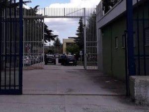 L'ingresso del carcere di Ariano Irpino. [Foto @Sappe]