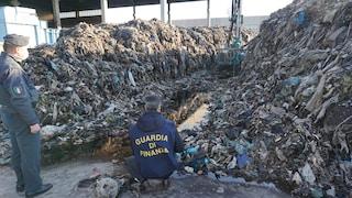 Marcianise, rifiuti sotterrati in un sito di stoccaggio poi distrutto da un incendio: due arresti