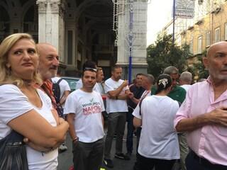"""San Gennaro, operai Whirlpool al Duomo di Napoli: """"Vogliamo certezze"""""""