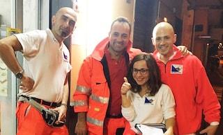 Parto d'emergenza: il bimbo nasce in ambulanza, assistito da infermieri e paramedici del 118