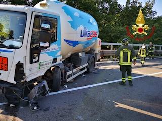 Avellino, auto si schianta contro cisterna di gas propano