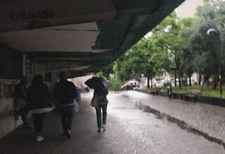 Allerta Meteo su Napoli, è ufficiale: domani scuole aperte. Chiusi parchi e cimiteri