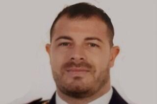 Pozzuoli piange Pierluigi Rotta, poliziotto ucciso a Trieste: proclamato il lutto cittadino