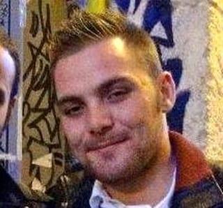 Salerno, incidente con lo scooter: Antonio Liguori muore a 22 anni dopo 9 giorni di agonia