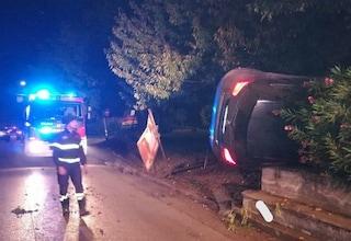 Due incidenti nella notte ad Avellino: auto si ribalta a Serino, schianto nella galleria di Solofra