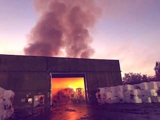 Incendio allo Stir rifiuti di Santa Maria Capua Vetere: nube nera sulla città