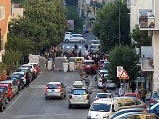 Vomero, gli studenti del Giustino Fortunato bloccano la strada: traffico in tilt