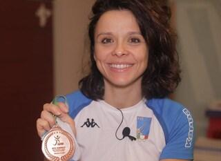 """Rossana, prof universitaria e bronzo ai mondiali di scherma paralimpica: """"I limiti non esistono"""""""