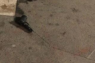 Napoli, vigile urbano si suicida sul Lungomare con la pistola d'ordinanza