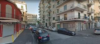 Droga al mercatino di Antignano al Vomero, venditore ambulante spacciava per 'arrotondare'
