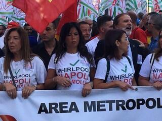 Whirlpool conferma l'addio allo stabilimento di Napoli