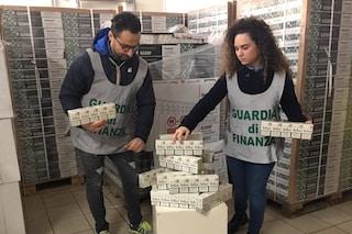 Le sigarette di contrabbando arrivano da Dubai, il traffico gestito dal clan Di Lauro