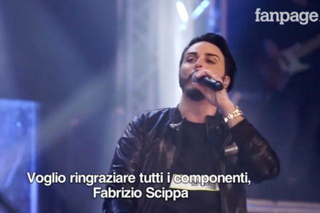 Un fotogramma del video con il cantante Tony Colombo