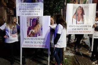 Fiaccolata per Norina Matuozzo, uccisa dal marito: in strada poche decine di persone