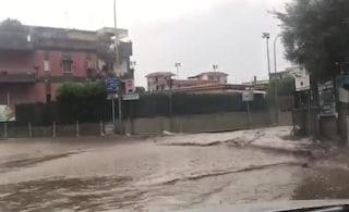 Allerta meteo Gragnano, fiume d'acqua e fango in strada