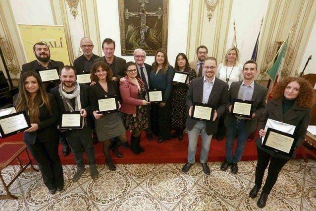 """Giornalismo, consegnato il premio """"Francesco Landolfi"""": tra i vincitori l'inchiesta di Fanpage.it"""