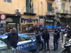 La Polizia di Stato sul luogo degli spari. [Foto / Fanpage.it]