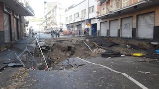 """Voragine via Masoni, quasi 100 sfollati: """"La gente ha dormito in strada"""""""