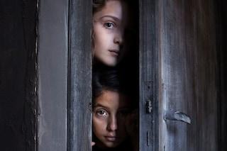 L'Amica Geniale, premio per la foto con Lila e Lenuccia
