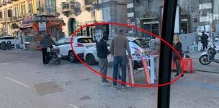 Capodanno, a Napoli le strade invase dalle bancarelle di botti illegali