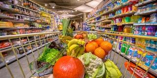Marigliano, sequestrati 400 chili di alimenti scaduti e non tracciabili in un supermercato
