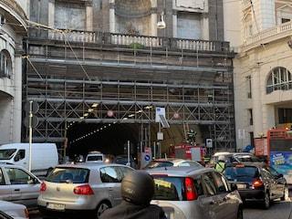 Galleria Vittoria, chiude per 6 notti una carreggiata: lavori per illuminazione e aerazione