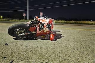 Incidente a Monterusciello, scooter contro furgone, muore pescivendolo di 49 anni