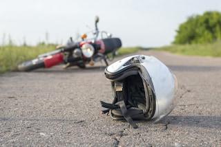 Napoli, tragico incidente con la moto: Francesco Murolo muore a 45 anni