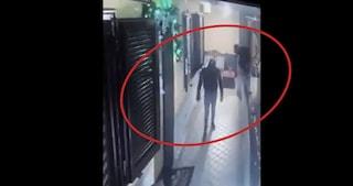 Rapina in casa a Posillipo, colf sequestrata e criminali in fuga con 200mila euro