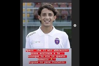 Morto Raffaele Santagata, il dolore dei calciatori. Al Rione 219 di Melito stanotte silenzio
