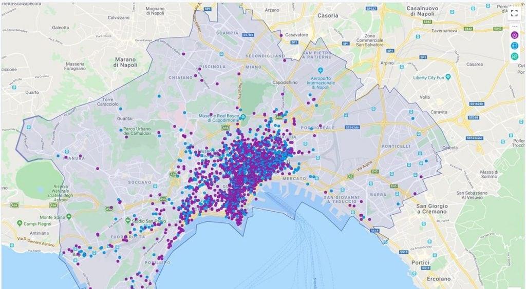 La mappa degli annunci per B&B e case vacanza a Napoli, tratto dal portale Air B&B