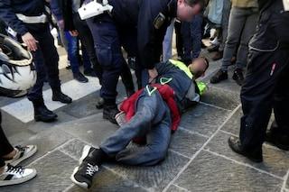 Scippa due turiste in piazza Garibaldi, bloccato da un maresciallo fuori servizio