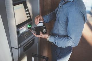 Vasto, assalti al bancomat: uomo aggredito e rapinato dopo il prelievo