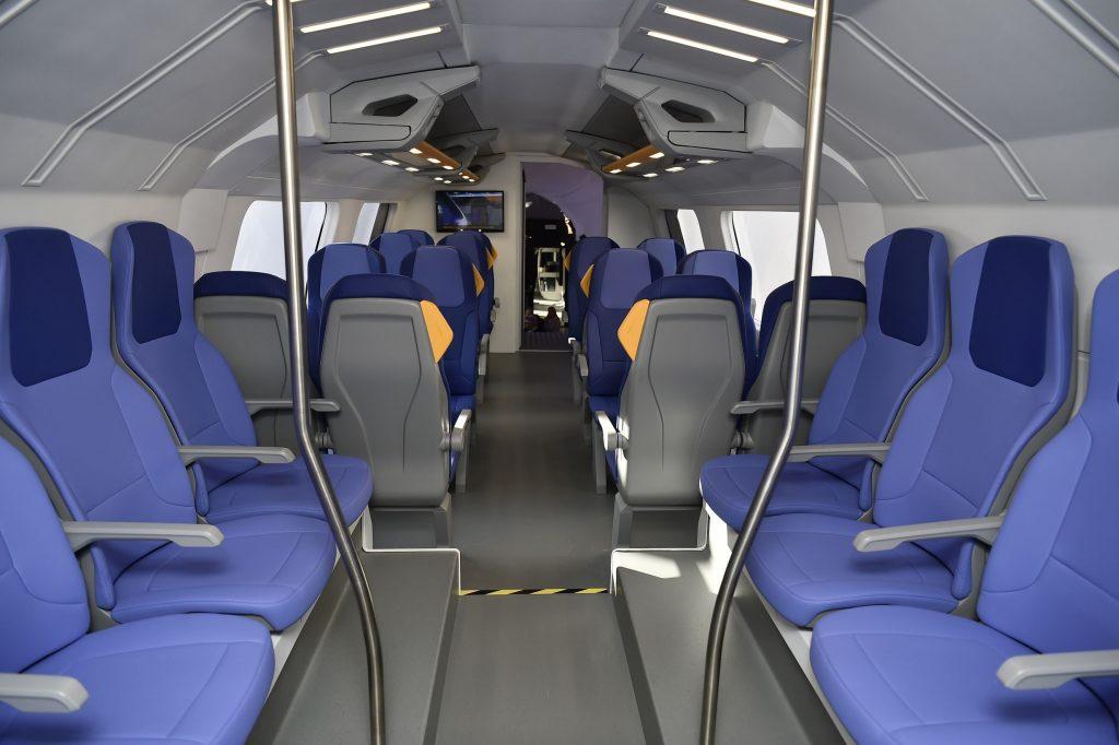 """Gli interni dei convogli modello """"Rock"""" di Trenitalia."""