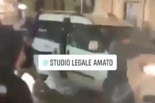 Napoli, tassista aggredito da baby gang nel Rione Sanità