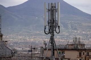Ripetitori telefonici su chiese e sulle ville vesuviane: la rabbia dei comitati