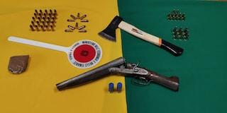 Il Buvero, mercato dell'illegalità: armi nascoste tra le bancarelle