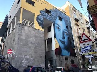 Protesta ai Quartieri Spagnoli per il murale di Eleonora Pimentel Fonseca: 'Va cancellato'