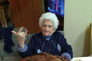 Pozzuoli in festa per nonna Erminia: l'11 gennaio compie 104 anni