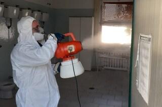 Coronavirus Napoli, sanificazione negozi, i dubbi dei commercianti: non si sa chi certifica