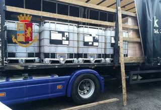 Il camion è una bomba ecologica: fermato sulla Tangenziale di Napoli