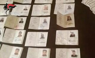 Pomigliano, in casa decine di carte di identità contraffatte: usate per furti di identità