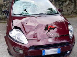 L'automobile che ha investito e ucciso un 64enne ad Ischia.