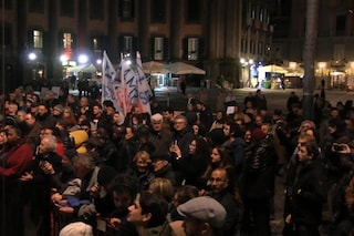 Sardine a Napoli, la manifestazione è un flop: in piazza Dante meno di 400 persone