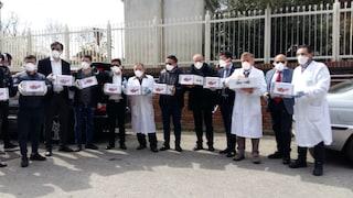 Coronavirus, Comunità cinese dona mascherine al Cotugno. In arrivo anche tamponi veloci
